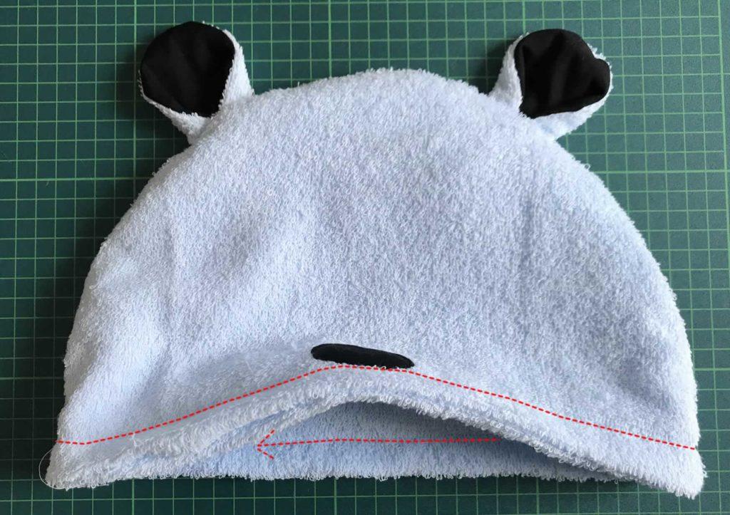 ゴム通しを縫う